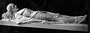 "P. Mikutaitis. Skulptūra ""Jėzus karste"", 1931 m. (Jurbarko krašto muziejaus archyvas)"
